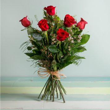 Interflora - Rosas Rojas de Tallo Largo - Envío de Flores a Domicilio